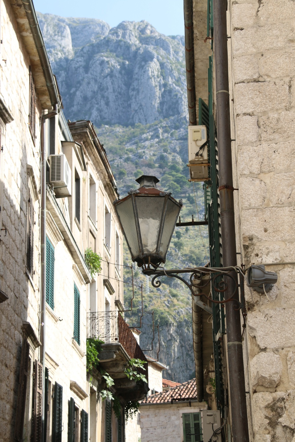 A view up from Kotor
